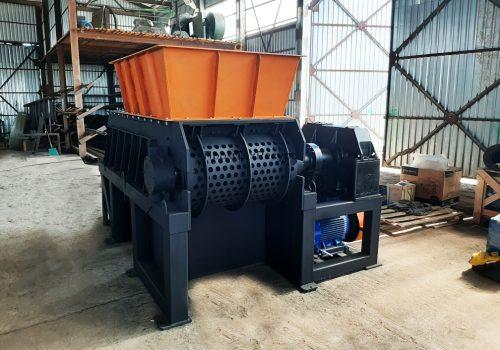 Одновальный шредер измельчитель отходов